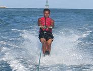水上スキー|BMR社(ヌサドゥア近郊)