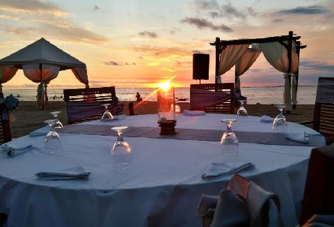 バリ島でサンセットを楽しめるレストラン