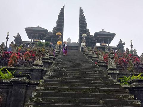ベサキ寺院|バリ島厳選7有名寺院巡りコース