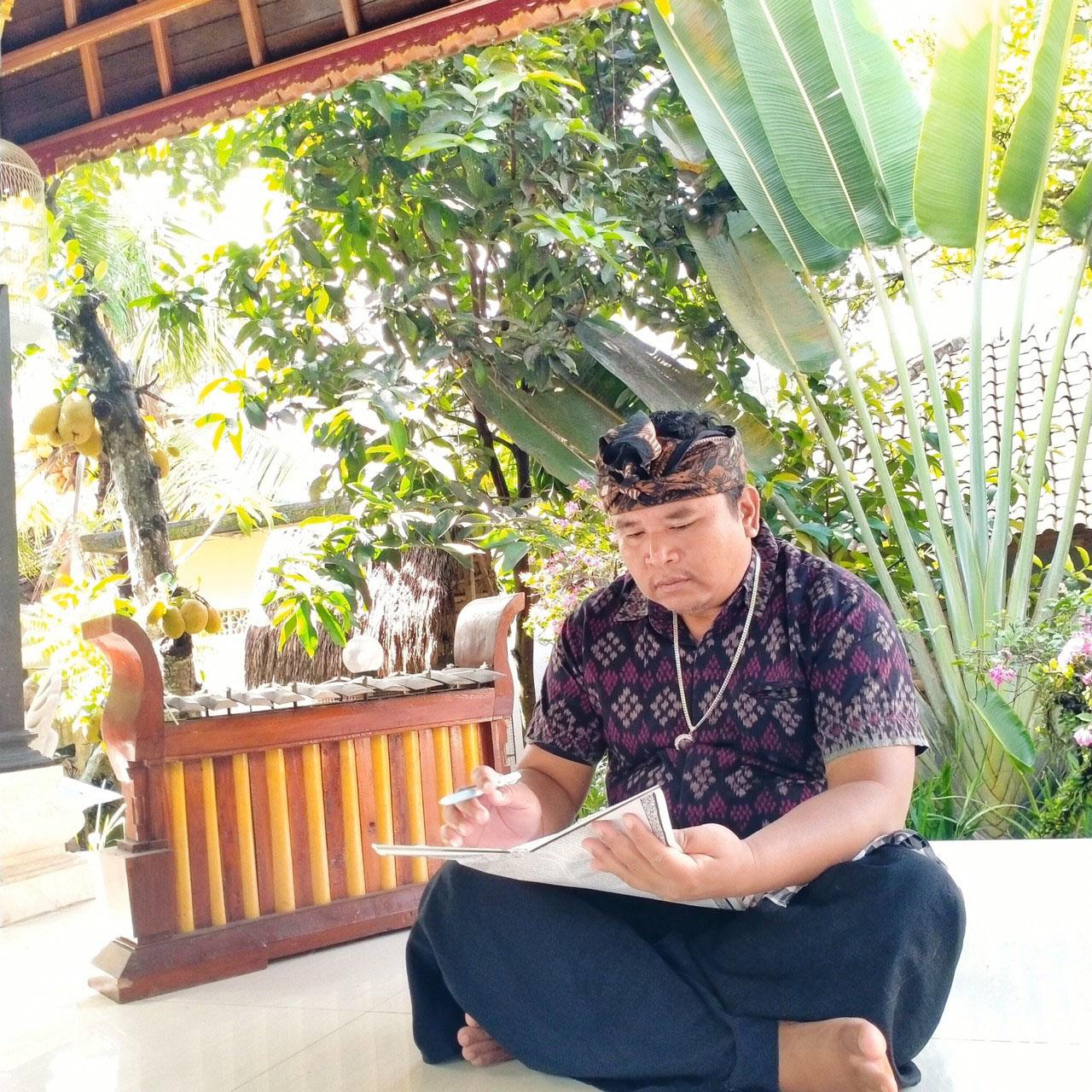 バリ島をバーチャルで観光大好きバリの拠点、バリ島マス村のユダ村長による「バリヒンドゥー暦による生年月日占い」